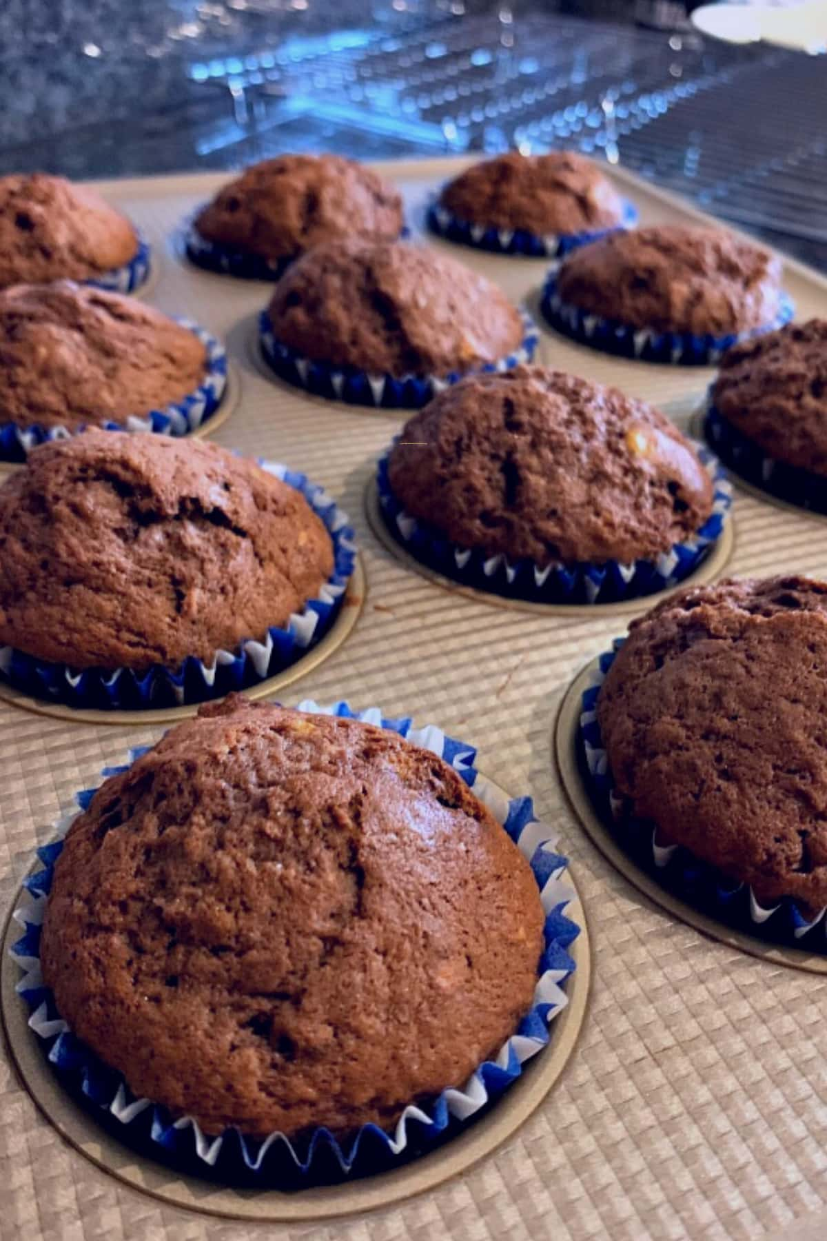 How To Make A Basic Chocolate Loaf Cake, muffins